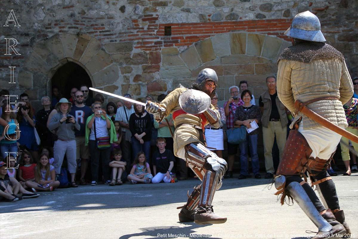 fête médiévale chateau de Foix