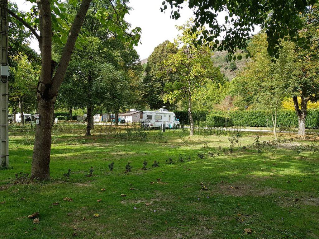 camping en Ariège avec emplacements spacieux
