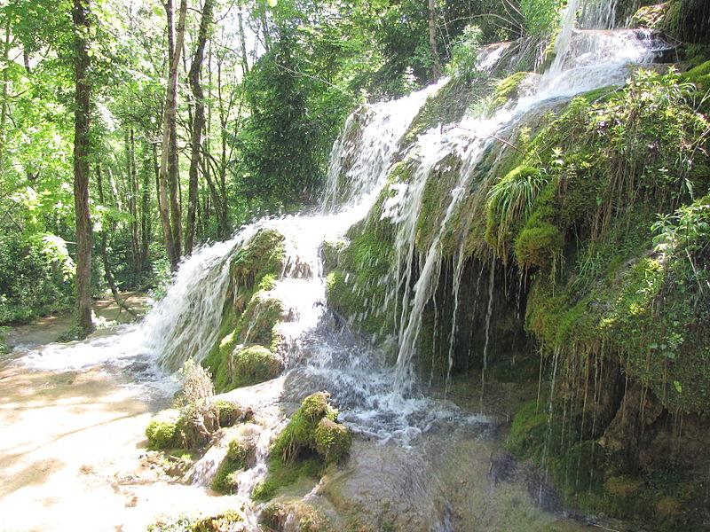 cascade source tussan ariege